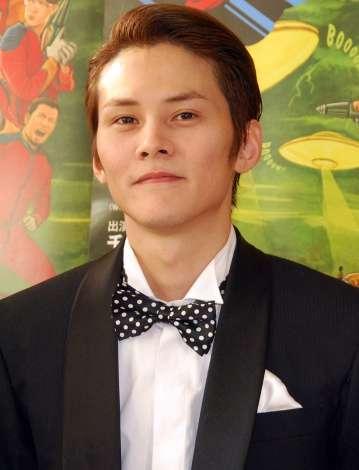 吉沢亮、ダークヒーローに初挑戦 『GIVER 復讐の贈与者』ドラマ化