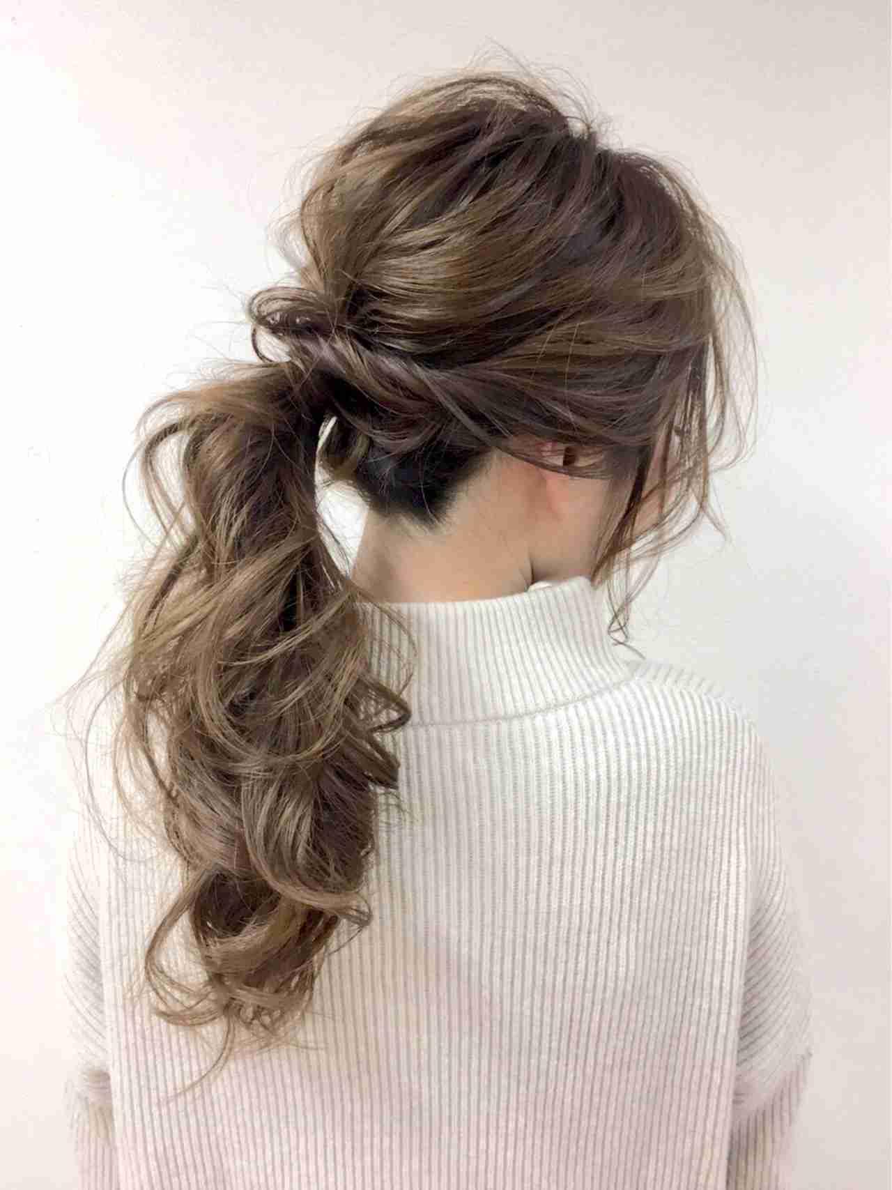 ハチ張りの髪型