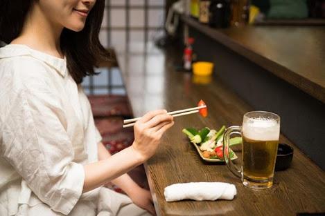 【郊外・田舎限定】一人で外食に行けますか?