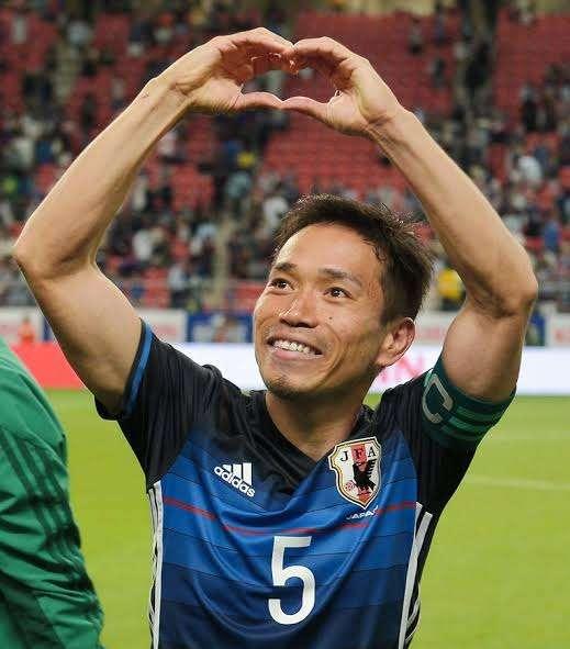 平愛梨、決勝T進出に歓喜「佑都さんの夢が私の夢」おそろいユニで応援