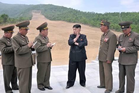 女性のミニスカートは「非社会主義的」金正恩氏が着用に罰金刑
