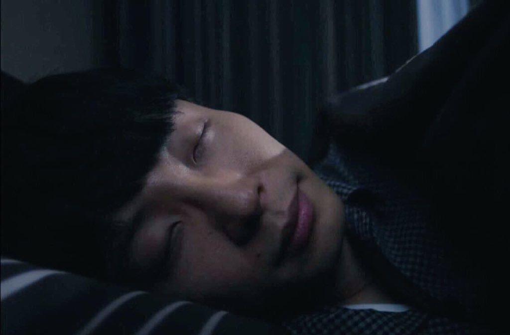 だらだらガルちゃんやっている人が24:00になった瞬間におやすみって言うトピ