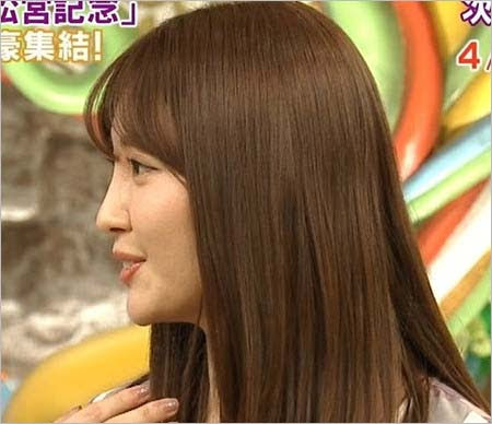 小嶋陽菜プロデュースブランド「Her lip to」誕生