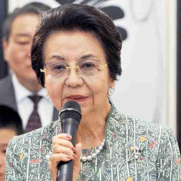 安倍首相の母の卒寿パーティーで昭恵夫人に周囲がヒヤヒヤ