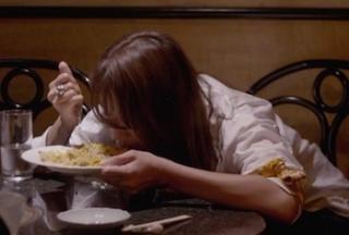 家族の食事マナーが気になる……