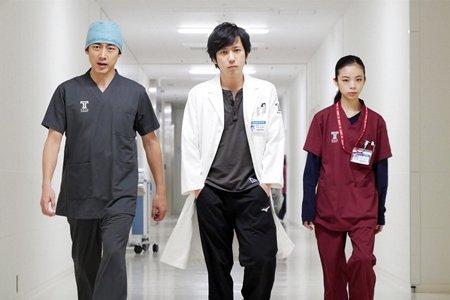 嵐・二宮和也主演「ブラックペアン」第8話は16.6% 急上昇で自己最高更新!今期トップ!