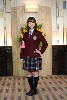 これ以上スタイル良くなるんですか! 石川恋の尻トレ写真に「カッコいい!」