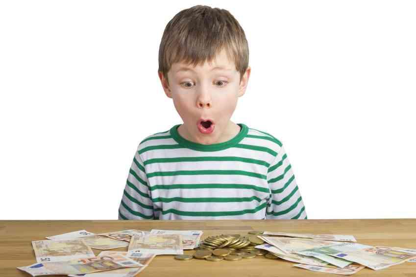子どもにお金の話をしますか?