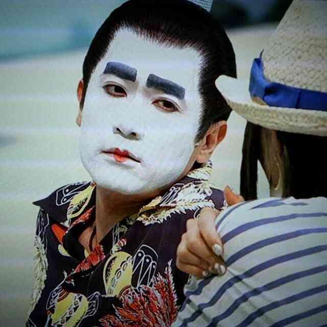 稲垣吾郎が新宿2丁目で男性とキス!映画「ばるぼら」打ち上げで見せた開放感