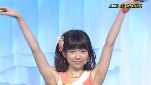 """島崎遥香、""""4年前""""AKB48時代のツインテール姿公開「可愛すぎる」「リアル天使」ファン歓喜"""