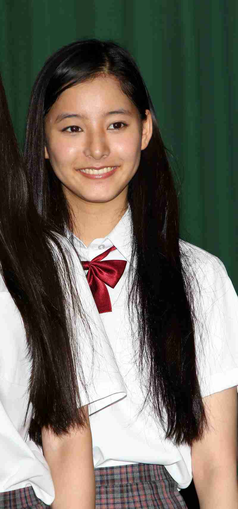 板野友美の誕生日に小島瑠璃子、新木優子…豪華メンバー集結