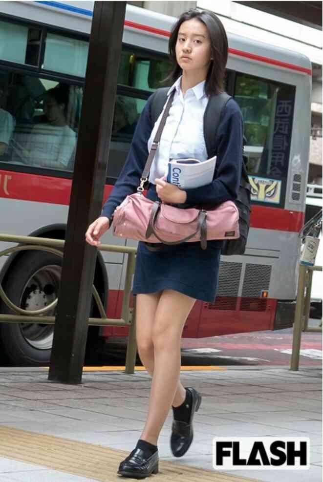 木村拓哉&工藤静香次女(Koki,)が「かなりキムタク」ショット