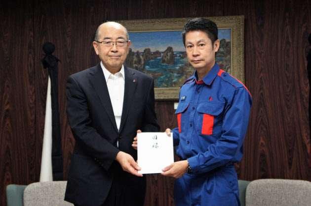 嵐・松本潤さんが義援金5000万円と支援物資を贈呈