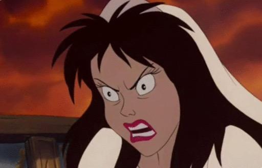 ローラ、胸元SEXYなウェディングドレス姿に「美しすぎて目が覚める」「女神かと思った」の声