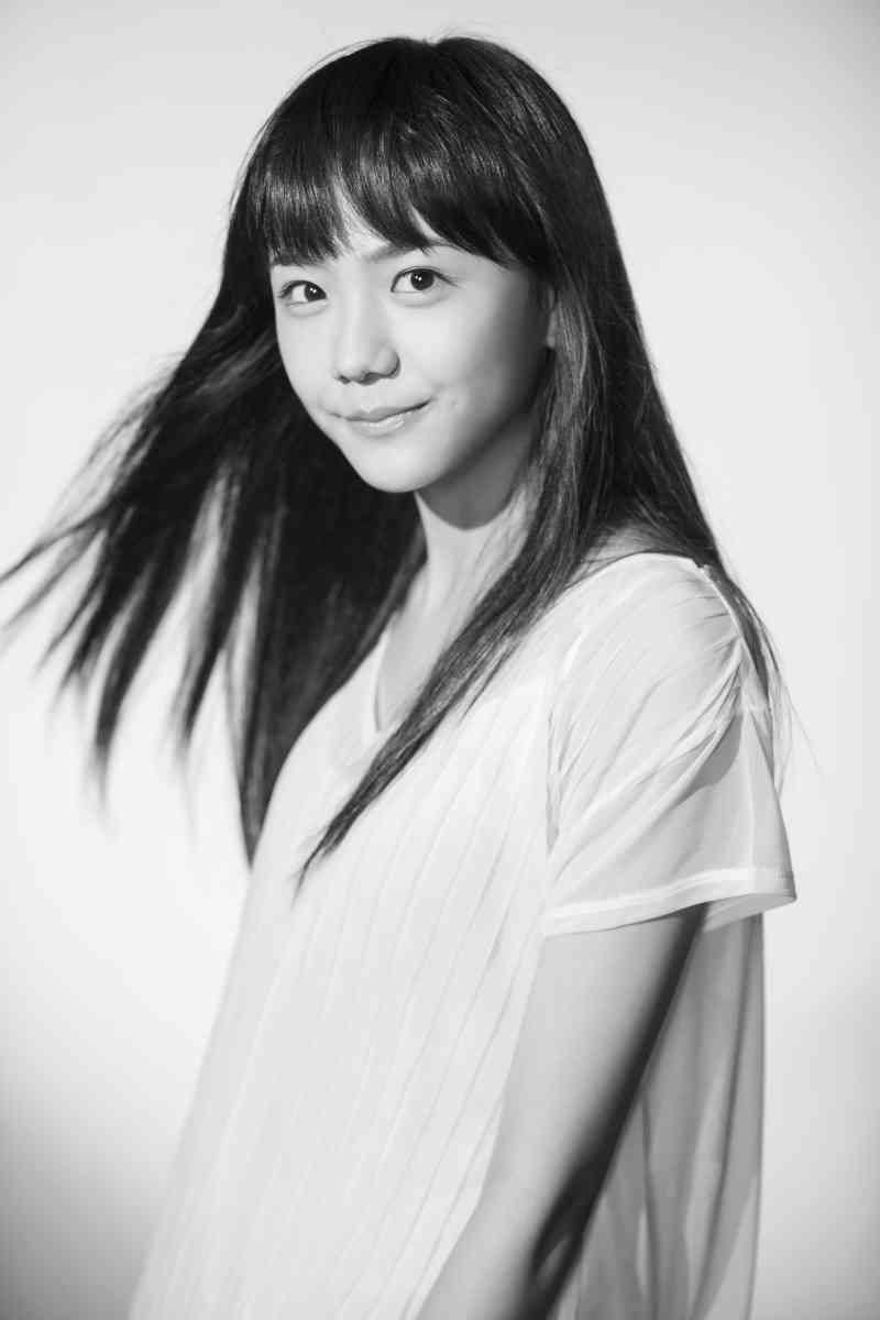 """芦田愛菜 友人からのサプライズに笑顔「いま""""ザ・青春""""してる!」"""