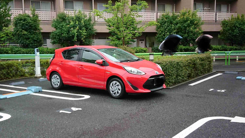 コンビニに無断駐車1万時間超、約920万円の支払い命じる 大阪地裁