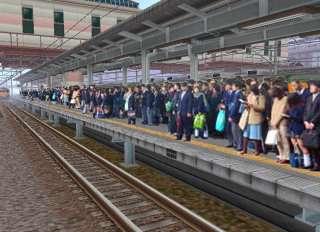 「人が挟まれた」 ホームで列車と接触した男子中学生が死亡