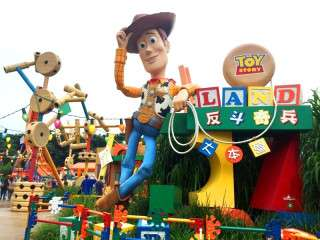 米ディズニーに「トイ・ストーリーランド」オープン