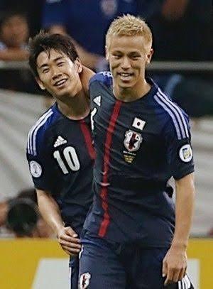 「俺は認めてたよ」…本田圭佑が香川真司と2ショット写真で関係悪化一蹴、ファン「泣きそう」
