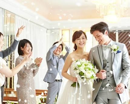 招待された結婚式に行く基準