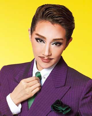 好きな宝塚トップスターは誰ですか?
