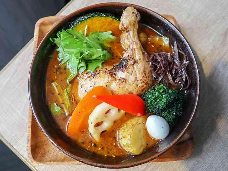 辻希美、「鶏肉入れただけ?」チキンカレーを作るも違和感だらけで批判殺到