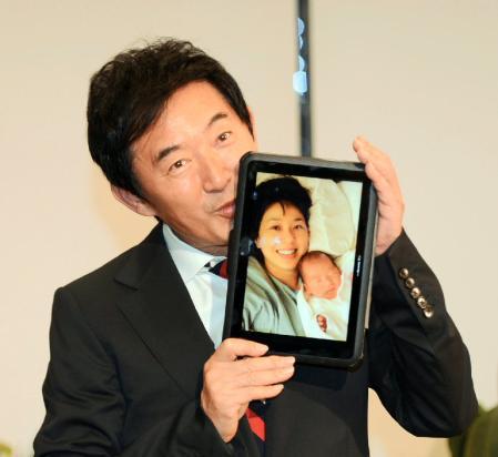 東尾理子が語る壮絶出産「理汰郎の首は1回転半ねじれ…」