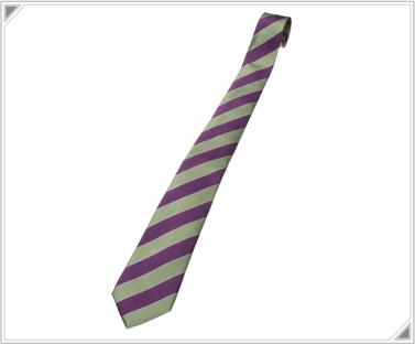 エヴァ公式のYシャツとネクタイが超カッコいい!