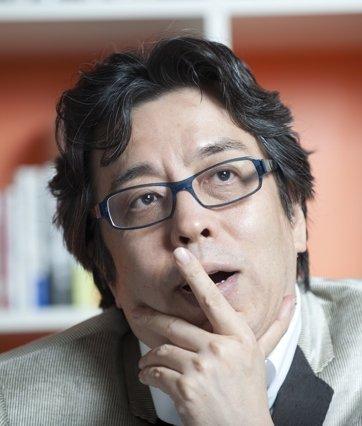 小林よしのり「河西智美のデビュー曲に鳥肌が立った。バラエティで芸人と張り合うのは役柄ではない」