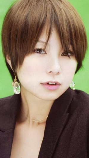 髪型を真似したい芸能人【田中美保】ショートヘアスタイル画像集 - NAVER まとめ