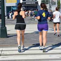 「長時間歩いているのに痩せない」という人必見! 痩せやすい歩き方のコツを聞いてみた!|一目惚れを科学する。ヒトメボコラム