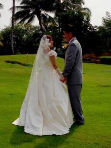 里田まいと田中将大がハワイで挙式!ブログでツーショット写真を公開