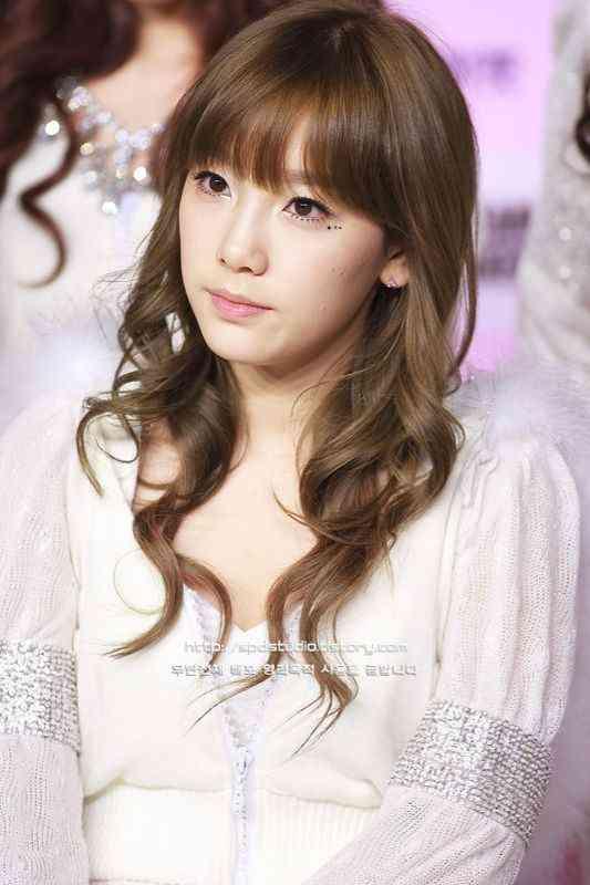 2012年「世界で最も美しい顔100人」12位に桐谷美玲、25位に佐々木希、54位に黒木メイサがランクイン!