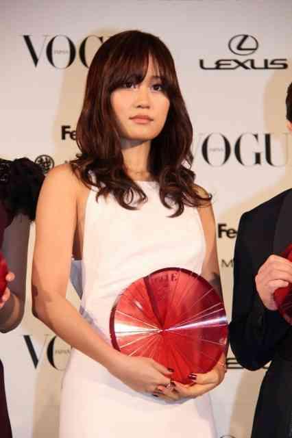 映画通の元AKB48前田敦子、ニューヨークで字幕無しで洋画「LOOPER/ルーパー」を鑑賞!…ただし英語は理解できないwww