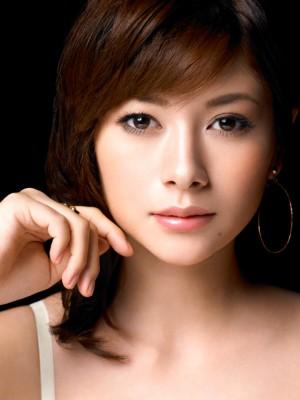 瑛太と真木よう子の関係が怪しい…木村カエラとの離婚危機に急展開?
