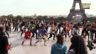 GANGNAM STYLE flashmob in Paris, France, at Trocadero on October 7th 2012 (파리 강남스타일) - YouTube