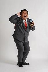 石塚英彦:連続ドラマ初主演 体重110キロの新人刑事演じる- 毎日jp(毎日新聞)
