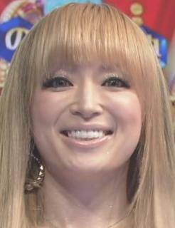 浜崎あゆみ「ファンのみんなと一緒に」15周年記念ツアー決定