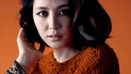 戸田恵梨香、石原さとみ、長澤まさみ、榮倉奈々が新CMで色香漂う妖艶な演技