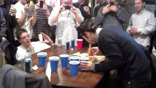 Takeru Kobeyashi Eats a whole Pizza In One Minute - YouTube