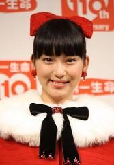 武井咲が美しすぎるサンタに変身www
