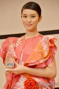 武井咲「2013年 エランドール賞 新人賞」を受賞。松坂桃李との親密ぶり明かす