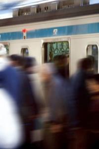 超迷惑!満員電車で嫌われる「NGファッション」5つ
