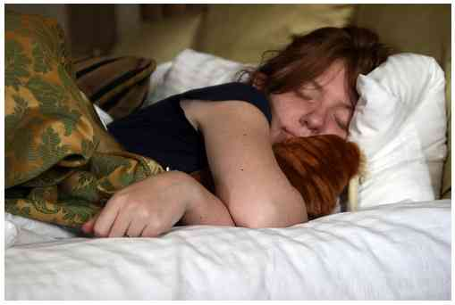 8時間睡眠ではダメ! 「身体的痛みの回復には10時間睡眠がベスト」だと判明 /鎮痛剤より効果大 | ロケットニュース24