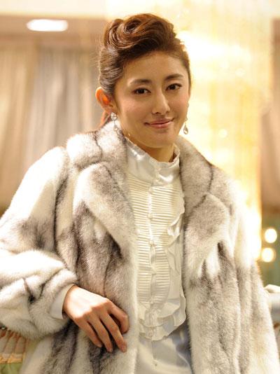 女優・高木りな、韓国人男性と結婚!近年は韓国でも... 女優・高木りな、韓国人男性と結婚!近年は