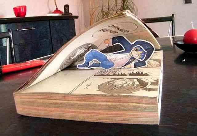 フランスのマンガ好き女子が作った紙人形が面白い