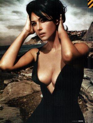 Heart Tango (Full Version) Monica Bellucci - YouTube