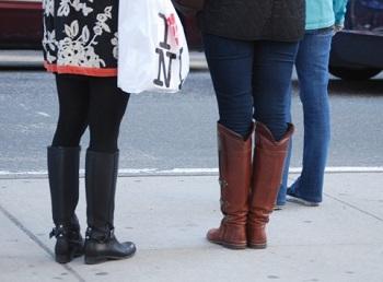これだけはNG!秋に男性がドン引きする女性のブーツ4種(Menjoy!) - エキサイトニュース