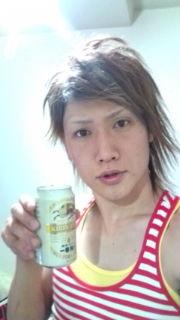 ゴールデンボンバー・樽美酒の学生時代の写真がフライデーにww