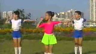 【北朝鮮】少年律動体操 (高音質版) - YouTube